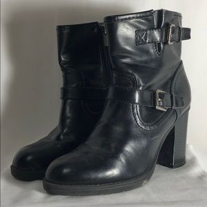 Chaps Black Ankle Boots With Chunky Stacked Heel